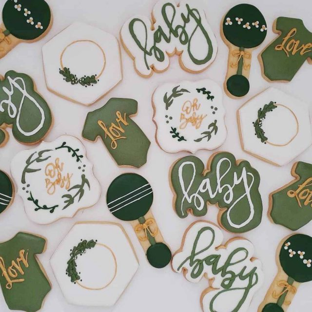 baby shower green cookies